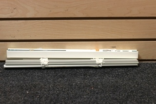 USED WHITE RV WINDOW SHADE SIZE: 17 INCH