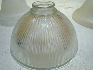 Used RV OR HOME CRYSTAL GLASS SHADES