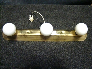 USED RV/MOTORHOME 3 BULB GOLD LIGHT BAR FOR SALE