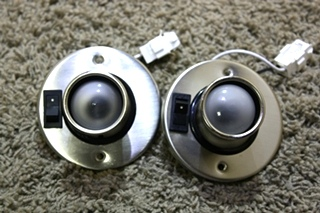 USED MOTORHOME SET OF 2 SWIVEL READING LIGHTS FOR SALE