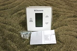 NEW RV DOMETIC SINGLE ZONE LCD THERMOSTAT 3316410.000 FOR SALE