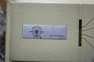 USED MOTORHOME FAN-TASTIC VENT BY HONEYWELL THERMOSTAT FOR SALE