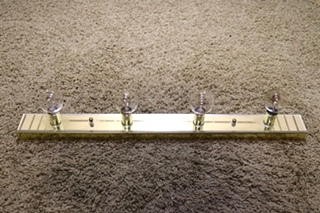 USED RV 4 BULB MIRROR VANITY LIGHT BAR FOR SALE