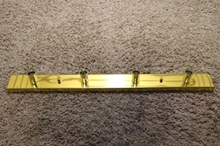 USED MOTORHOME 4 BULB RECTANGLE VANITY LIGHT BAR FOR SALE