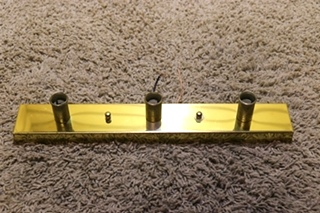 USED RV 4 BULB RECTANGLE VANITY LIGHT BAR FOR SALE