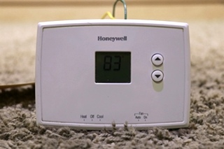 USED RV HONEYWELL WALL THERMOSTAT MOTORHOME PARTS FOR SALE